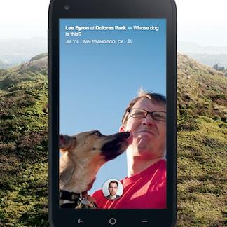 facebook home laat likkende hond zien