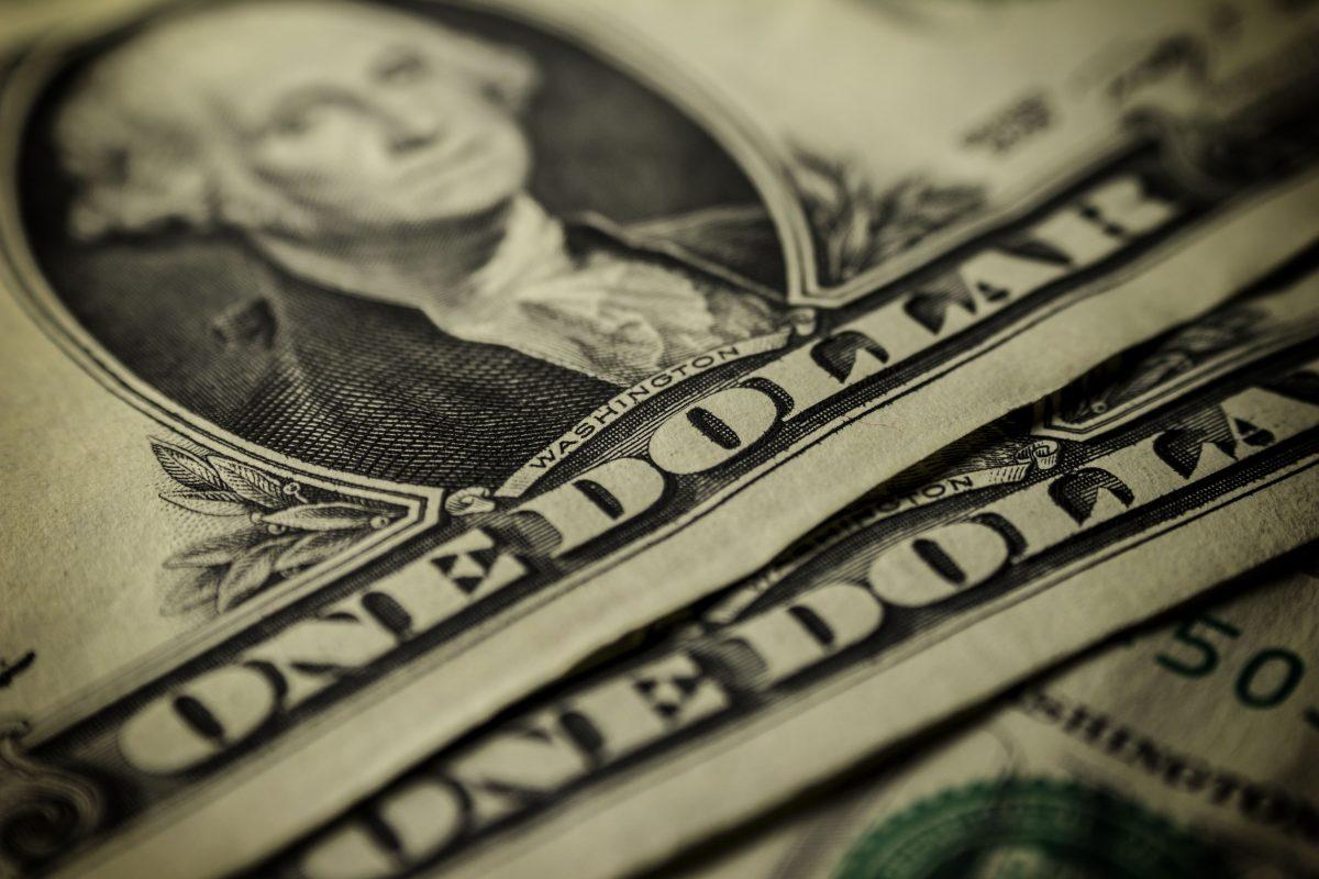 Van elke dollar online advertentiegeld gaat 85 cent naar Google en Facebook